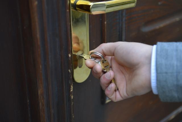 「解錠」か「開錠」、どちらを選ぶべき?依頼する前に抑えたい豆知識