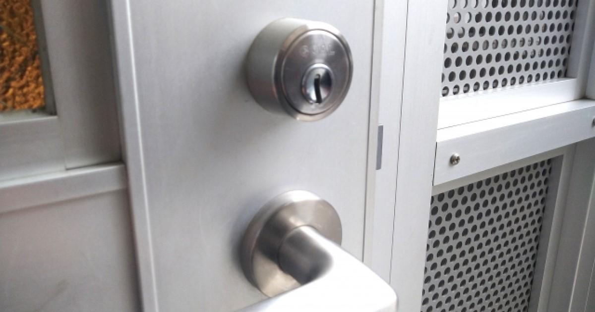 タンブラー錠の防犯性は?内部の仕組みと種類別に見る強さを解説