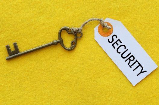 鍵開けを安くやってくれる鍵屋さんはどこ?費用を抑えるコツを紹介!