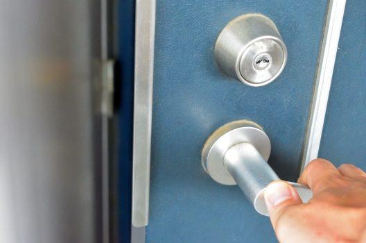 玄関の鍵の場合