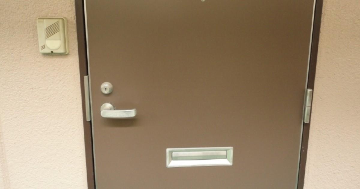 玄関ドアの鍵トラブル